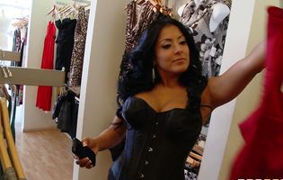 Kiara Mia and Teagan Summers get naughty in clothing store
