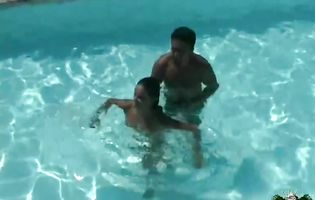 Karine and her lover have underwater sex in the pool